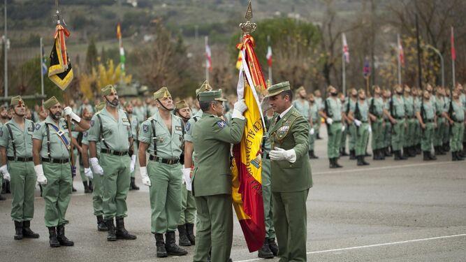 Armada toma el mando del Tercio Alejandro Farnesio de La Legión