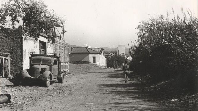 El camino rural por donde se expandió la ciudad
