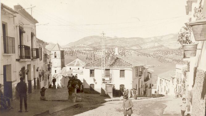 La villa que creció  en torno a su iglesia