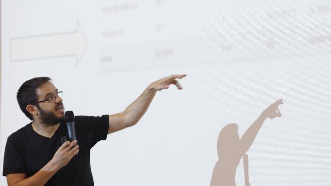 Sergio de los Santos, el lunes pasado en la Escuela de Informática de la Universidad de Málaga.