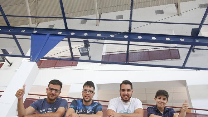 Lipe de Lima, de la asociación Trans Huellas, con Álex Martínez, Saúl Blanco y Benjamín Santiago (de izquierda a derecha).