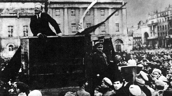 Lenin en Petrogrado en 1917.
