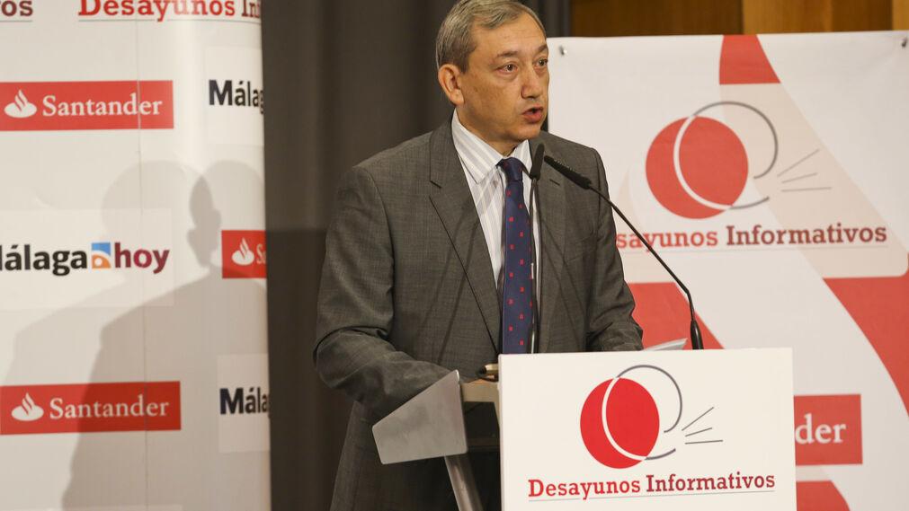 Antonio Méndez en un momento del coloquio.