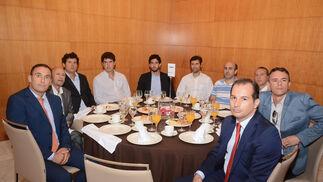 Fernando Navas, Fernando Navas Ignacio Zurita, Julián Zurita, Jorge Sugrañes, Rafael Zurita, Juan Carlos Robles, Manuel Martín, Oscar Alonso y Cristóbal Mayorga.