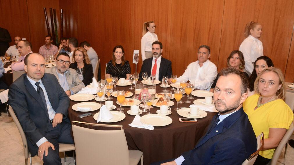 José Román, Francisco Florido, Carolina Minayo, Carmen López, Javier Díaz, Antonio Jiménez, Lourdes Cruz, Palmira Zavala, Belén Sánchez y Martín Ramírez.