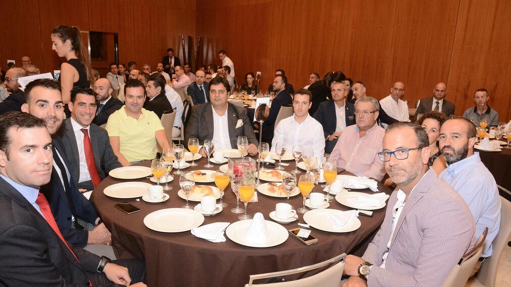 Enrique Fernández, Antonio Anaya, Antonio Porras, Antonio García, Miguel Ángel Rodríguez, Isidro Cabello, Juan Manuel Cabello, Yolanda López, Pedro Ruiz y Antonio Pérez.
