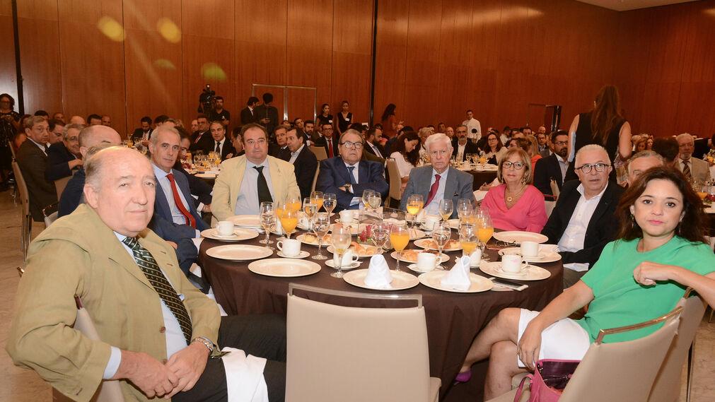 Antonio García, Felipe Romera, Jesús Canales, Luis Sentis, Tomás Valiente, Jerónimo Pérez, José Luis Sánchez, José Sánchez, Paulino Plata y Margarita del Cid.