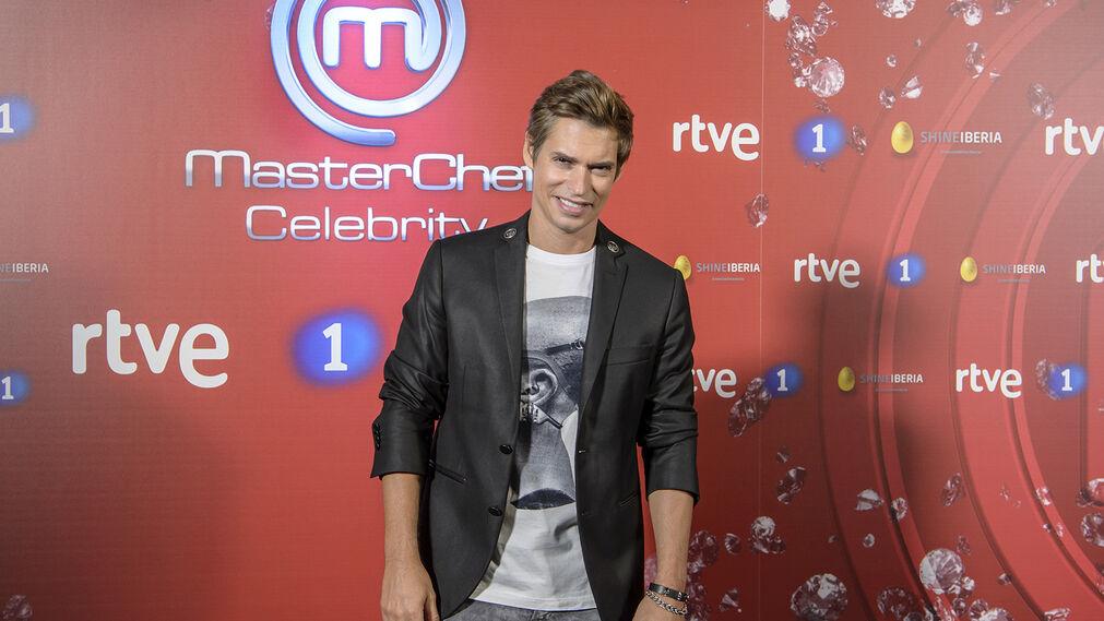 Carlos Baute. Es el guapo de esta temporada, aparte del modelo, que es menos conocido. Baute tiene legiones de fans.