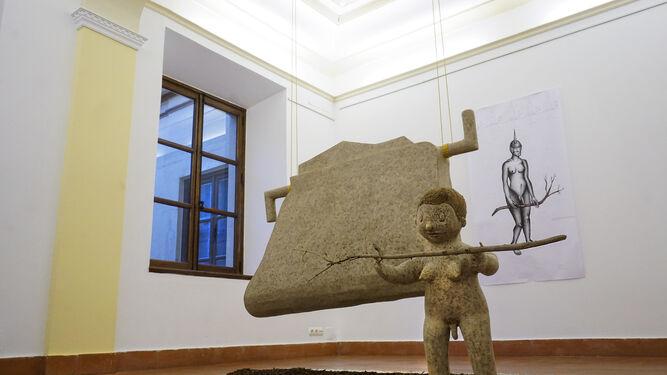 'Deslizamientos-desplazamientos (Hace noche)', instalación de Francisco Santana expuesta en el Ateneo de Málaga.