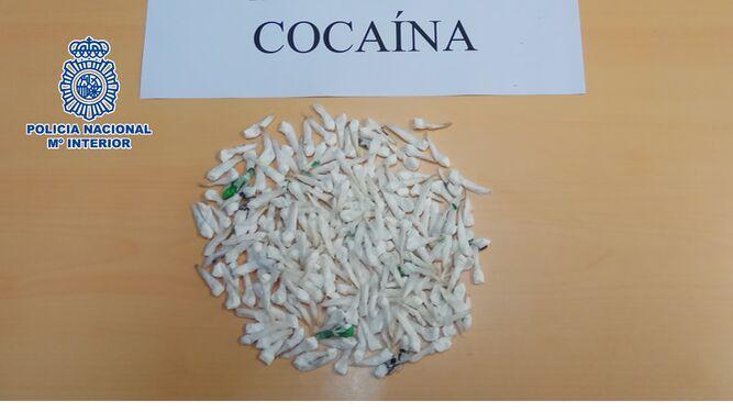 Las monodosis de cocaína intervenidas.