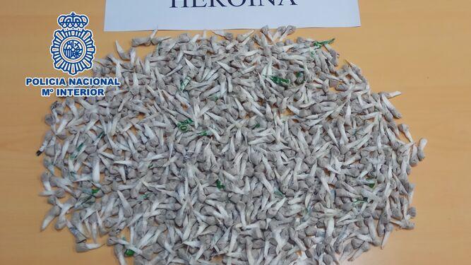 Las monodosis de heroína intervenidas.