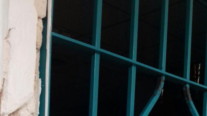 La ventana forzada de Kárate.