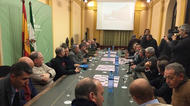 La reunión celebrada ayer por la tarde en la Delegación del Gobierno andaluz.
