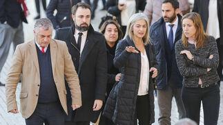 La Málaga política, cultural y cofrade despide a Garrido Moraga