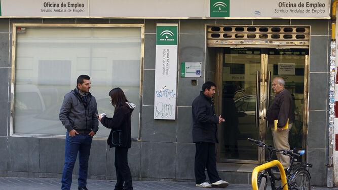 El paro solo se incrementa en 30 personas en febrero en for Oficina de desempleo malaga