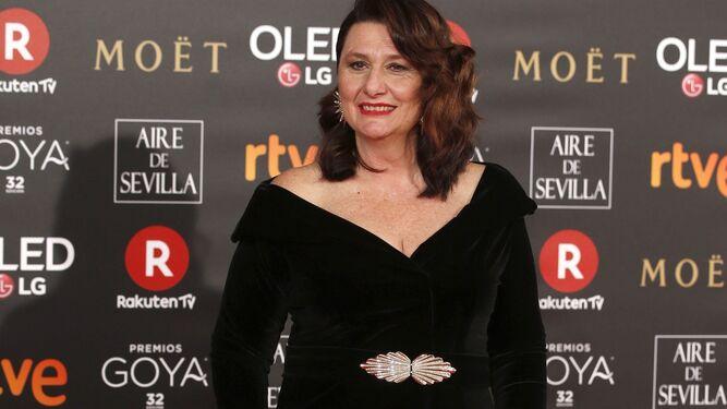 Marisa Paredes, con su Goya de Honor.