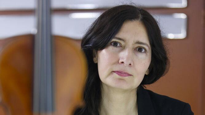 Violinista y escritora. La instrumentista chilena afincada en Granada, además de violinista, ha despuntado como escritora con su novela.