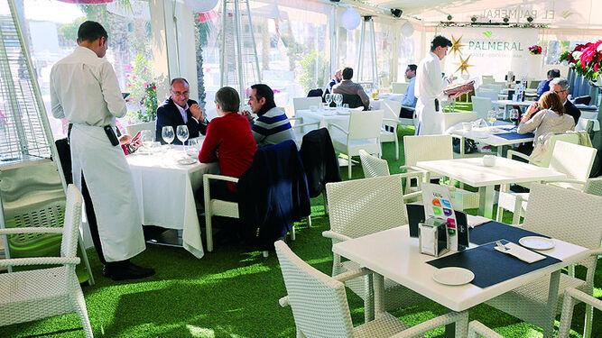 Restaurante El Palmeral, en el Palmeral de las Sorpresas.
