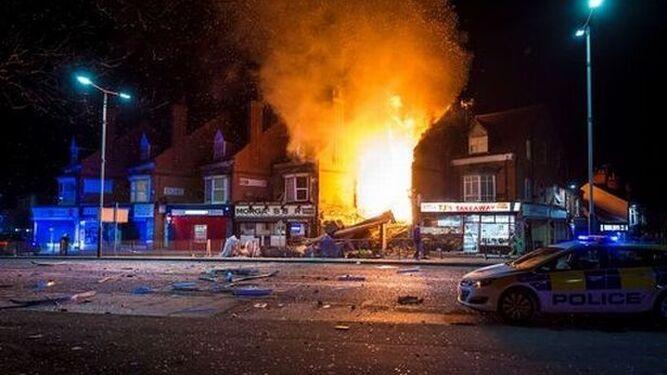 Destrozos causados por la explosión.