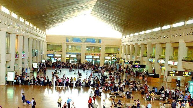 El interior de la terminal 2.