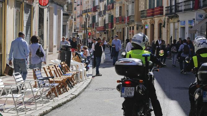 Las sillas, posibles obstáculos en caso de emergencia.