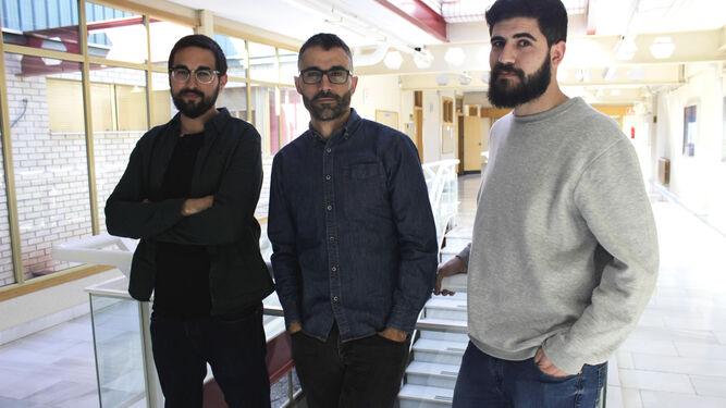 Los investigadores Ginés Navarro, Hugo Carretero y Jorge Torres.