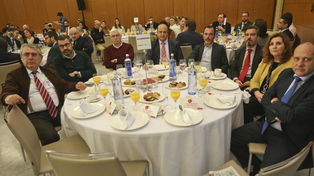 Las imágenes del desayuno-coloquio con Rafael Domínguez de Gor