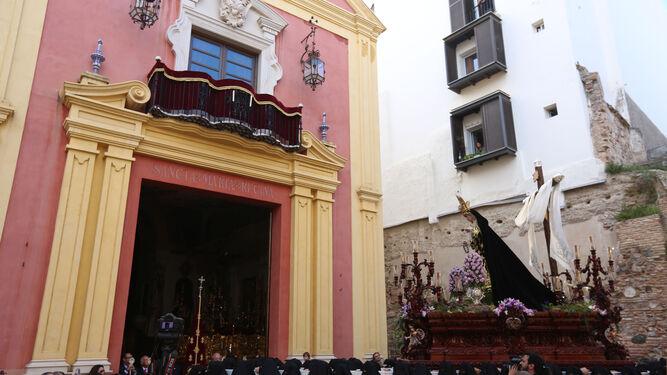 Nuestra Señora de la Soledad Coronada, en la procesión de Mena.