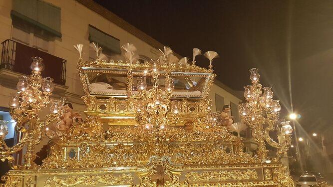 Nuestra Señora de las Angustias Coronada.