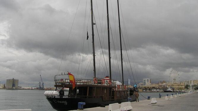 Paseos turísticos en un barco de1905