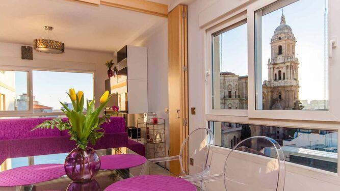Interior de una vivienda turística en la capital.