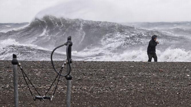 Imagen de archivo del oleaje durante el temporal del pasado mes de enero.