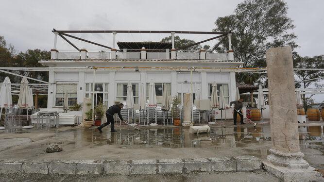 La Junta Dice Que La Concesion De Los Banos Del Carmen No Tiene Que