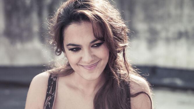 La cantaora Alba Molina rendirá homenaje a Lole y Manuel.