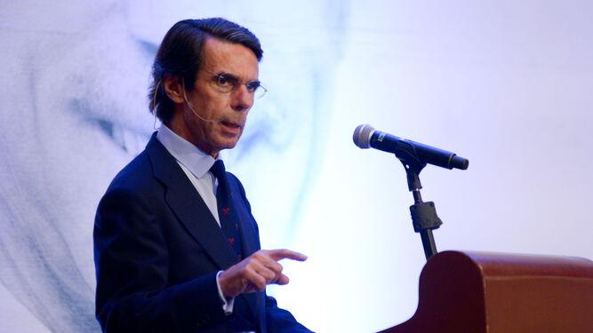 [Image: Jose-Maria-Aznar-conferencia_1252985153_...67x375.jpg]