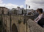 Cuatro detenidos de un grupo criminal itinerante responsable de tres hurtos a turistas en Ronda