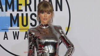 Taylor Swift, de Balmain.