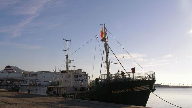 Un nuevo barco inactivo en el Puerto de Málaga