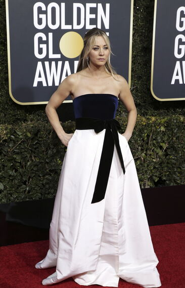 <p>Kaley Cuoco, de Monique Lhuillier.</p><br>