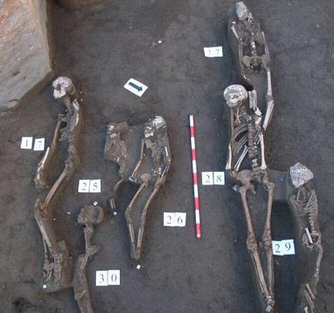 Necrópolis del siglo XI en Callejones del Perchel.