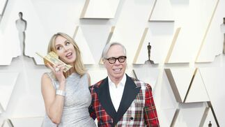 <p>Dee Ocleppo y Tommy Hilfiger</p><br>