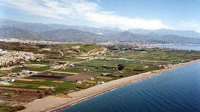 En zonas de la playa de Almayate se practica el nudismo.