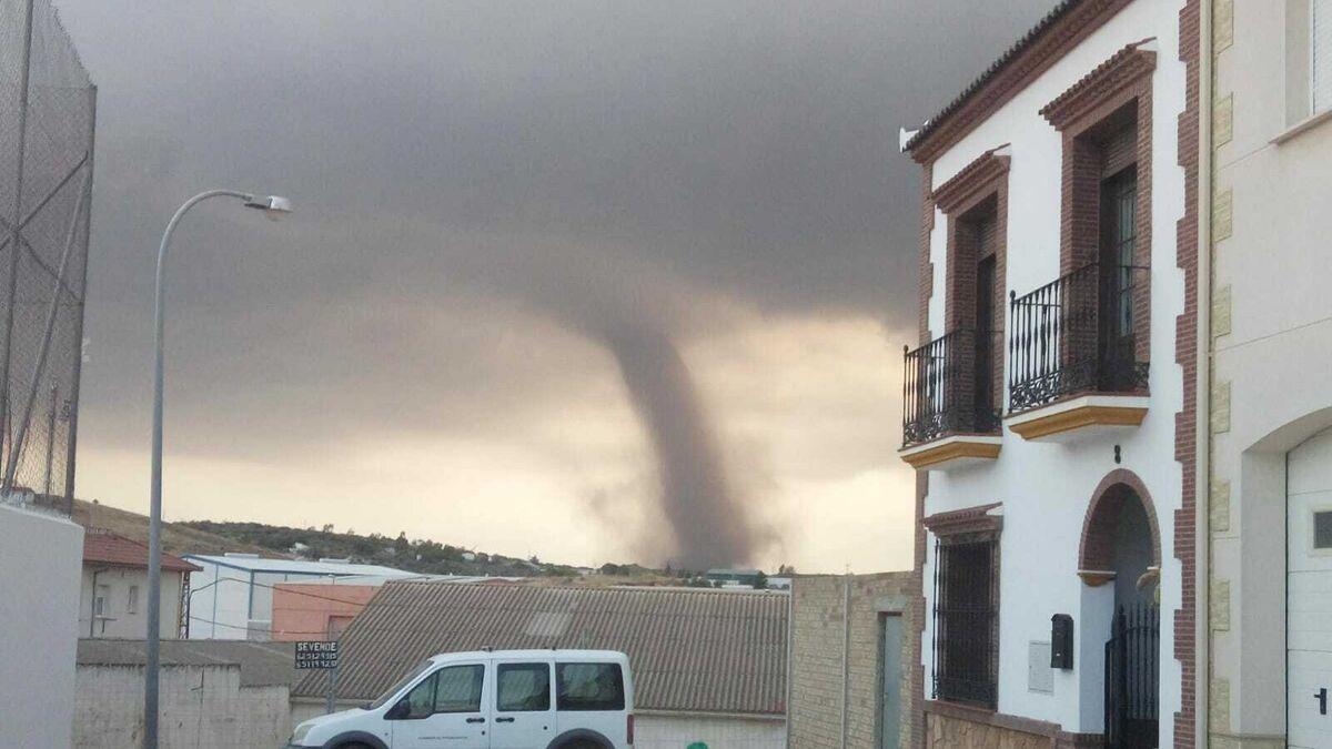 El Paso De Dos Tornados Pone En Alerta A Campillos
