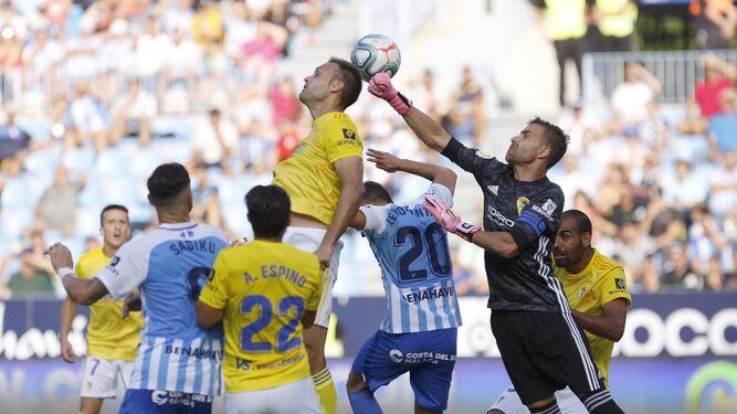 El Málaga CF-Cádiz se podrá ver por televisión y streaming 1