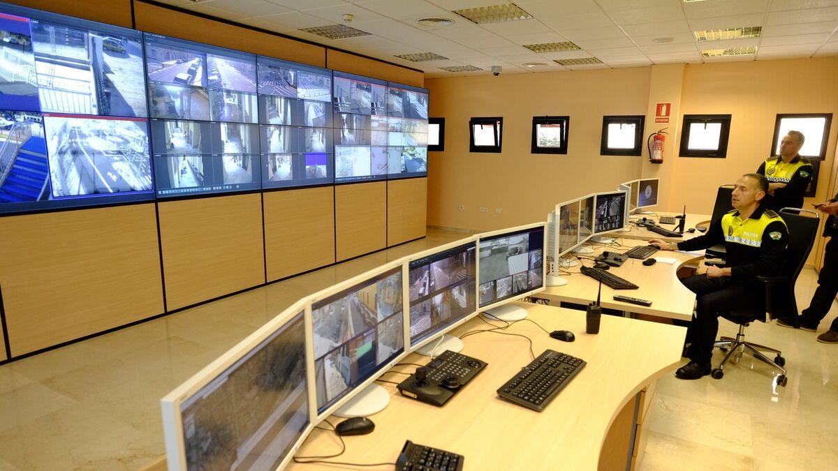 Málaga saca a concurso la segunda fase de su plan de videovigilancia en el Centro 3