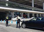 Inmovilizan una veintena de vehículos no autorizados que operaban en el aeropuerto de Málaga