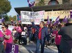 Padres del colegio Xarblanca, en Marbella, se concentran para pedir monitores de educación especial