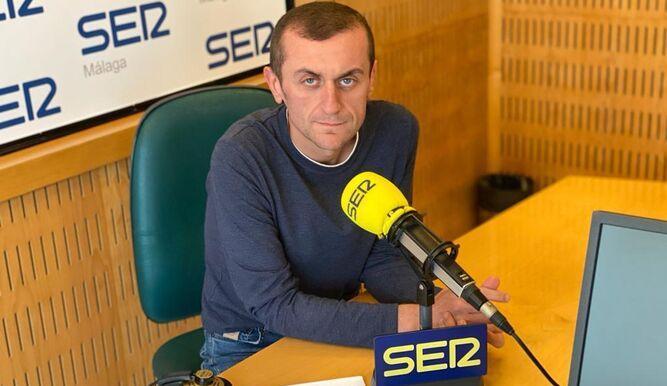 Jesús Sánchez, jefe de contenidos e informativos de SER Málaga, en el estudio.