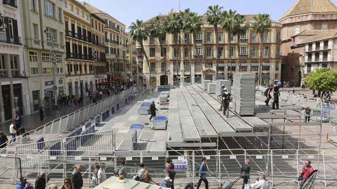 Instalacion-tribuna-Plaza-Constitucion-p