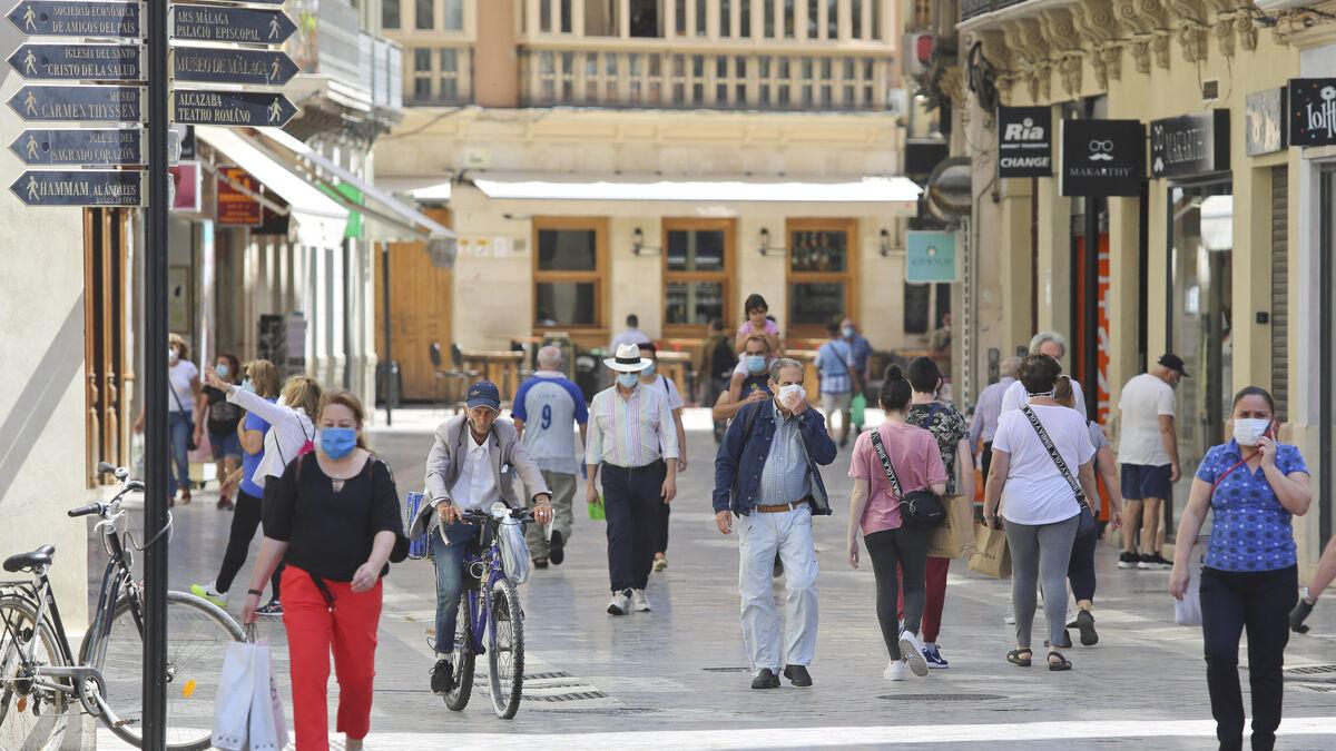 La Junta alerta de contagio comunitario de coronavirus en la provincia de Málaga y propone restricciones 3